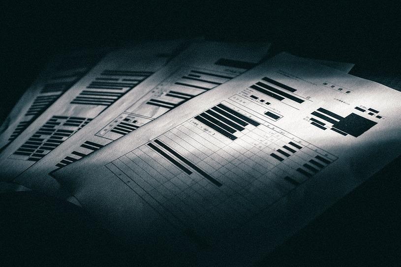 ブラック企業の雇用契約