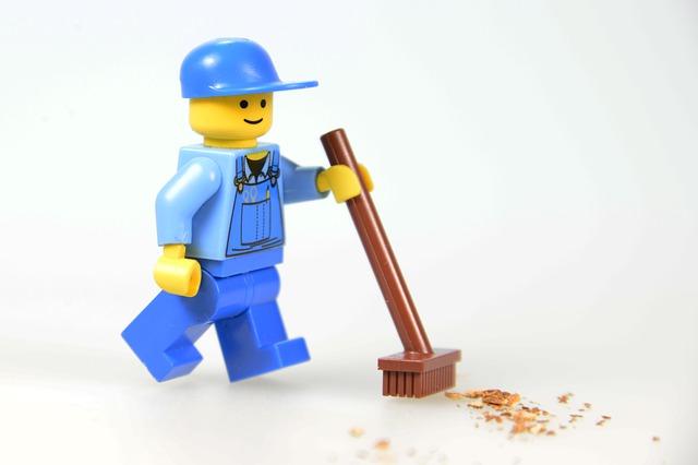 仕事のできないレゴ社員