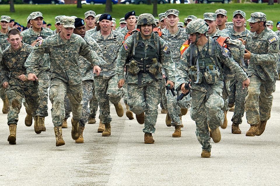 軍隊のランニング