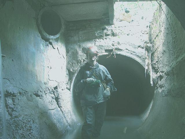 下水道の作業員